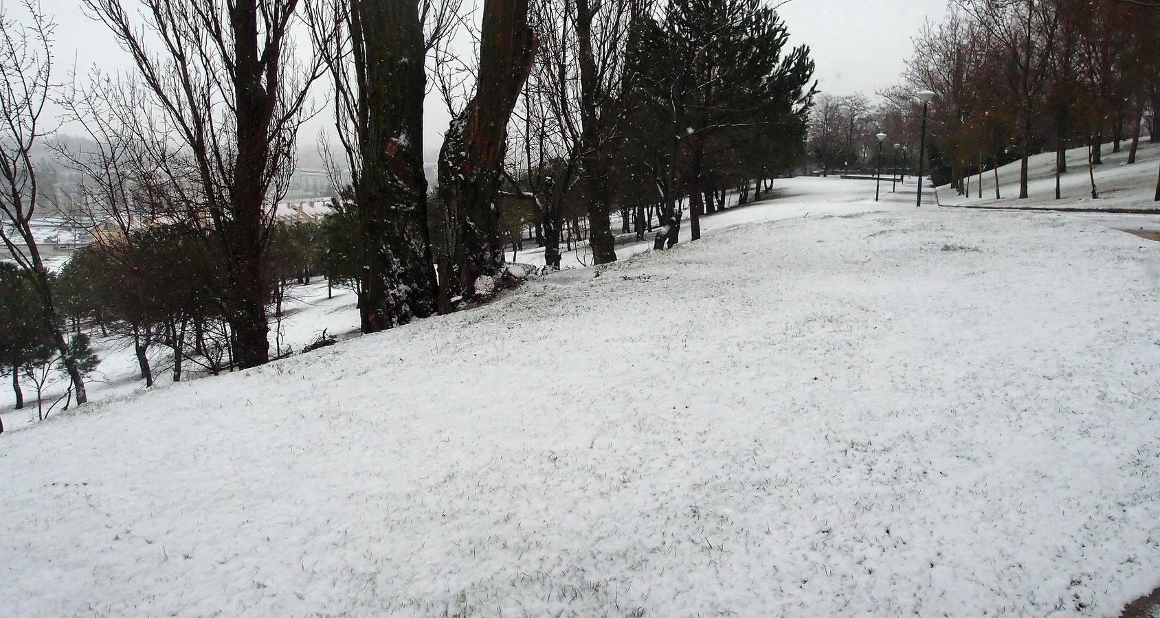 La nieve cubre de blanco Valladolid