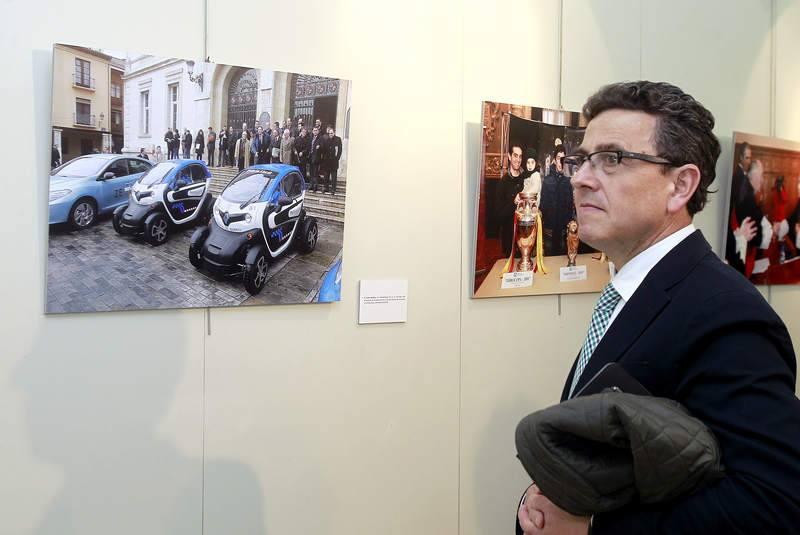 Inauguración de la exposición 'Un año en imágenes.2014' de Palencia