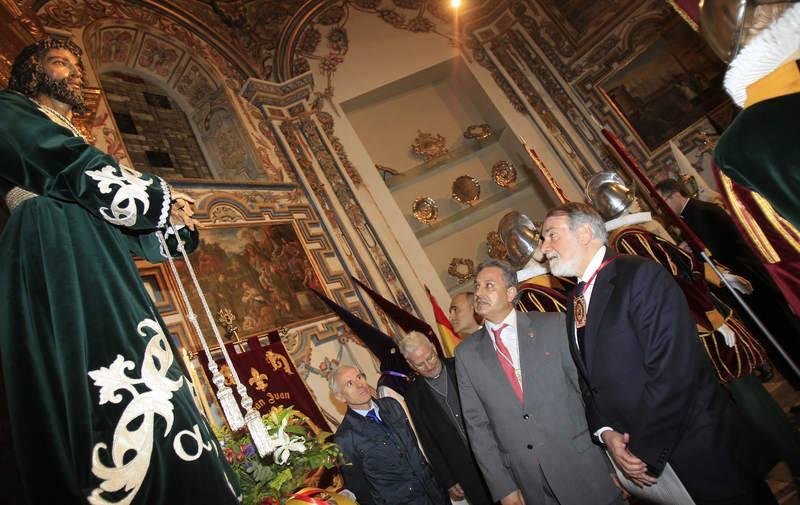 Jaime Mayor Oreja inaugura en Palencia la exposición 'Homenaje a la Semana Santa Española'
