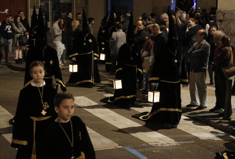 Traslado del Cristo Yacente en Valladolid (1/2)
