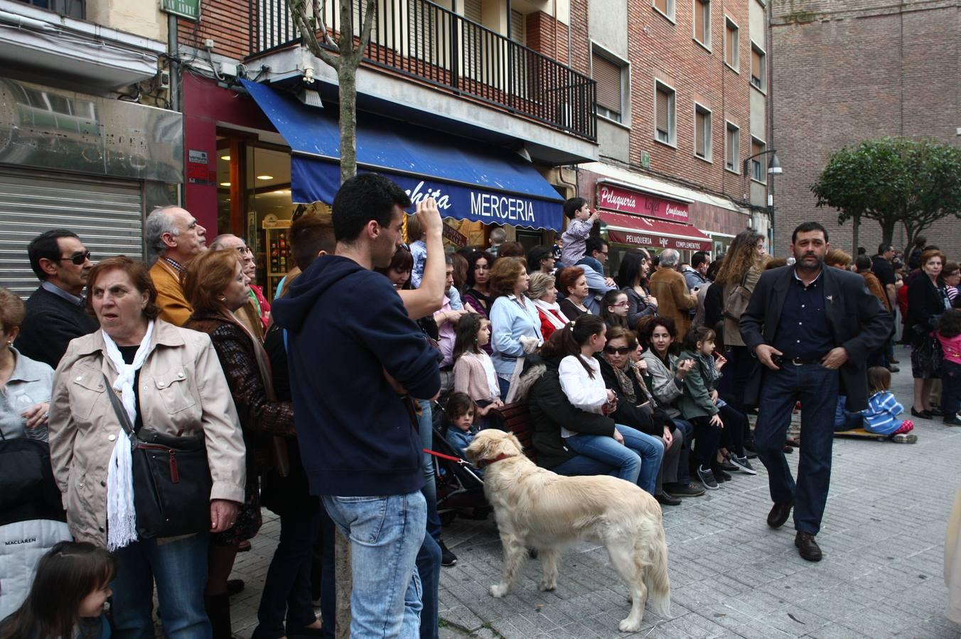 Procesión del Encuentro de la Virgen con su hijo. Valladolid (2/3)
