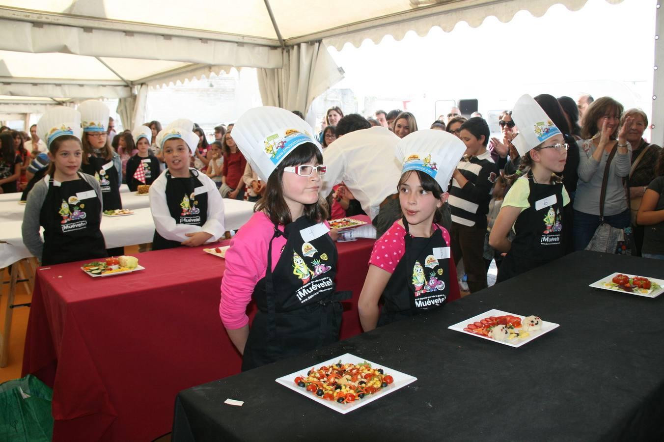 Participantes en el concurso 'Cuéllar Chef Junior' de la Feria de Cuéllar. Segovia