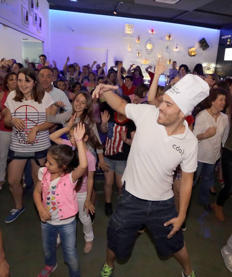 'Flashmob' en la Estación Gourmet